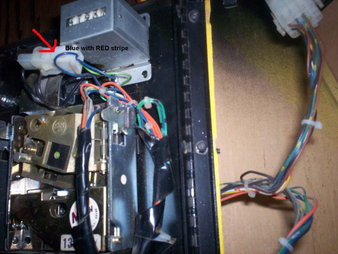 i need help pac man coin door wiring klov vaps coin op brentradio com images pacman 100 0905 jpg